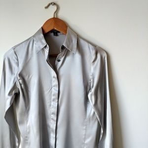 Ann Taylor ▪ Silk Button-Down Top